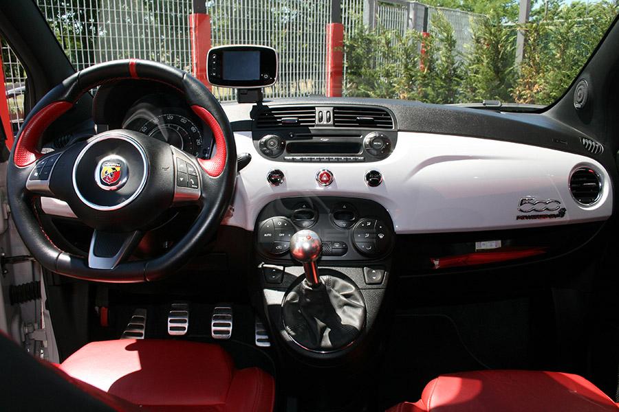 Noleggio Fiat 500 Abarth Opening Edition, Noleggio Fiat 500 Abarth ...